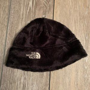Super Soft and cozy NORTH FACE HAT  size Small
